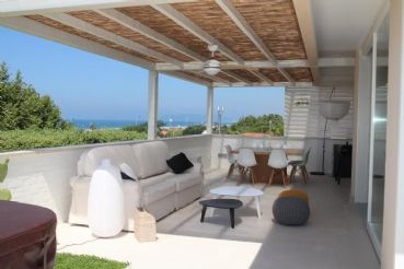 Beautiful penthouse for rent in Forte dei Marmi